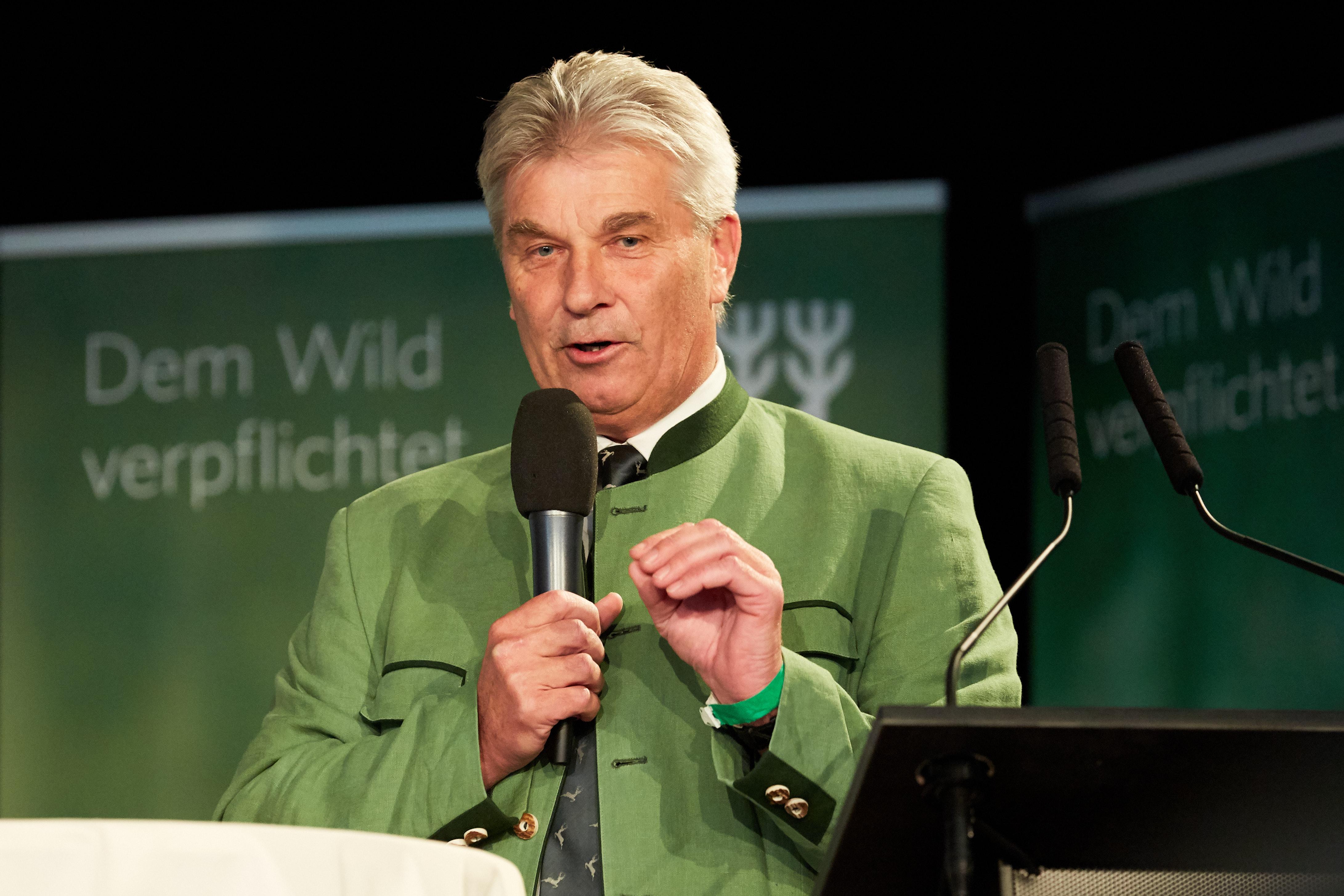 Johann Blaimauer beim Niederwildgipfel des NÖ Jagdverbandes